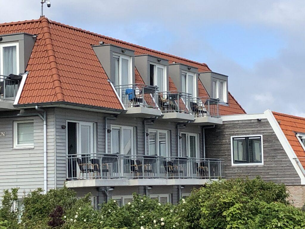 Loodshotel Vlieland buitenkant